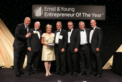 Cal Ripken, Jr. presented the Kelly Family with the Family Business Award of Excellence at the Ernst & Young Entrepreneur of the Year Maryland gala. L-R: Cal Ripken, Jr., The Honorable Francis X. Kelly, Janet Kelly, Francis X. Kelly III, John Kelly, David Kelly, Bryan Kelly.  (PRNewsFoto/Kelly & Associates Insurance Group)