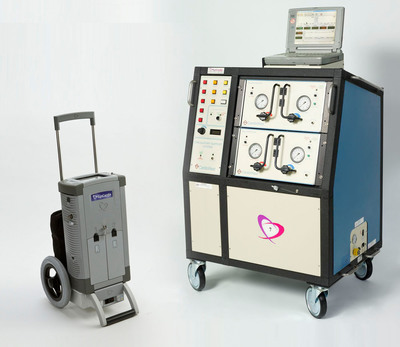 The Companion 2 Driver (left) is FDA-approved to power the SynCardia Total Artificial Heart in the hospital and on hospital grounds. It weighs 80% less than 'Big Blue', the original FDA-approved hospital driver.  (PRNewsFoto/SynCardia Systems, Inc.)