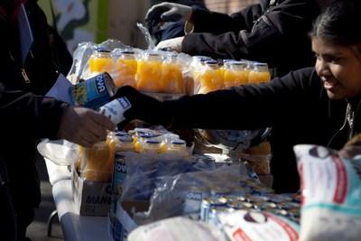 Goya Foods dona 30,000 libras de alimentos a victimas del terremoto en el Ecuador