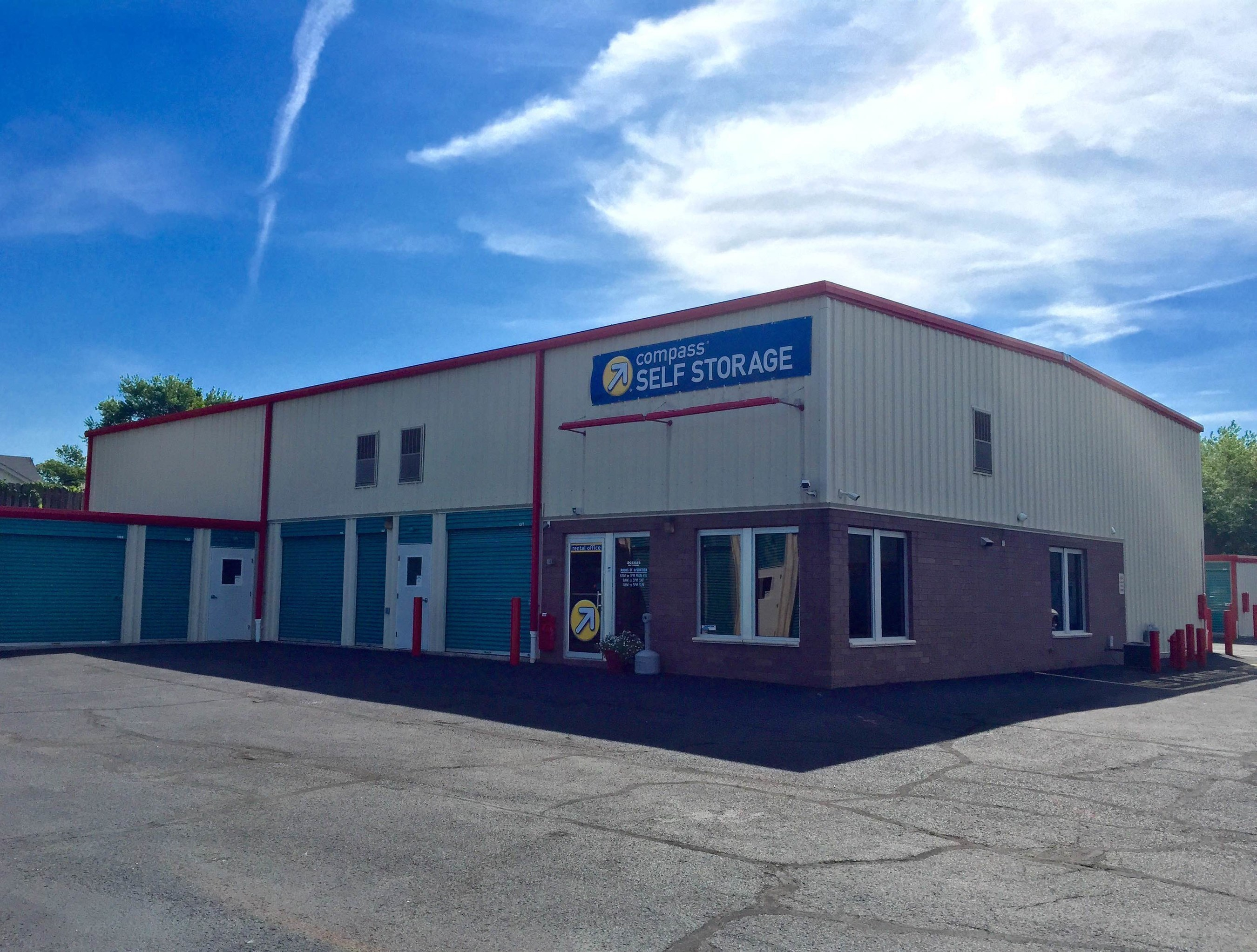 Compass Self Storage acquired this superior quality self storage center in Manville, NJ