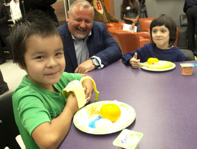 Students at Dalhousie School enjoy a nutritious breakfast in a renovated room made possible by Breakfast for Learning's Social Impact Grant supported by The Brick. (CNW Group/Breakfast for Learning)