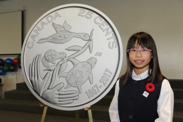 La Monnaie royale canadienne a dévoilé les motifs gagnants des pièces de circulation Canada 150 le 2 novembre 2016. Joelle Wong, de Richmond Hill, en Ontario, a conçu le motif de la pièce de 25 cents, Pour l'avenir de notre environnement. Les cinq pièces Canada 150 seront mises en circulation au printemps 2017. (Groupe CNW/Monnaie royale canadienne)