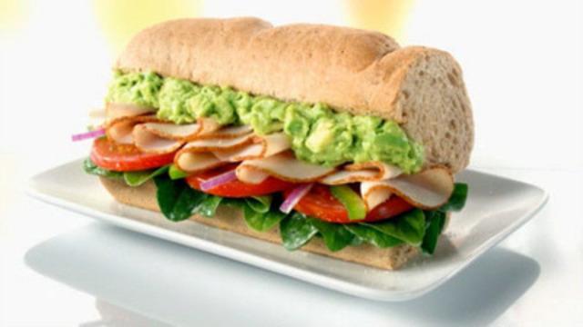 Turkey & Bacon with Avocado specialty sandwich (CNW Group/SUBWAY RESTAURANTS)