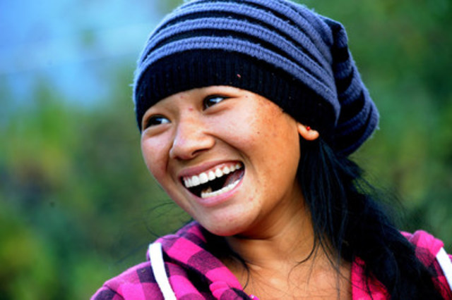 © UNICEF/UN08387/Karki In Nepal, after the earthquake on 25 April 2015 devastated their homes and schools, Tamang and her 14 fellow school mates have been living in the hostel to continue their education in a nearby UNICEF-supported temporary learning centre (TLC). (CNW Group/UNICEF Canada)