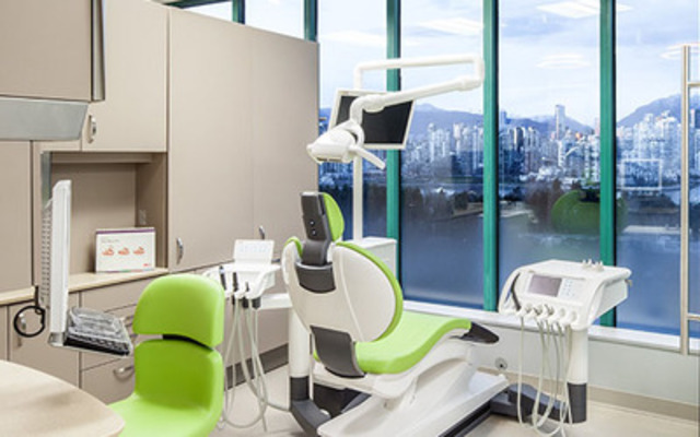 Dr. Bobby Birdi, a board certified dual specialist in periodontics and prosthodontics, opens one of the very few clinics in the Lower Mainland that delivers the time-sensitive solution of Teeth in One Day (CNW Group/BC Perio)
