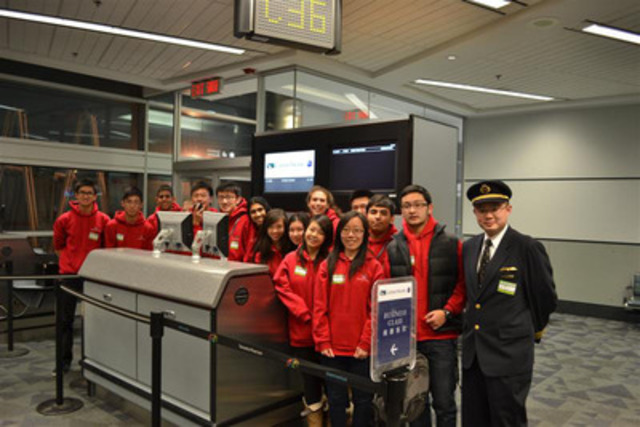 """I Can Fly"" Toronto 2012 students learn about airport operations and a piloting career (CNW Group/Cathay Pacific Airways)"