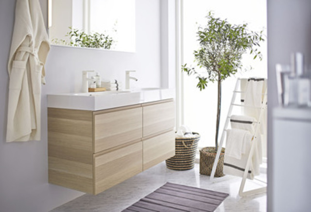 GODMORGON/BRÅVIKEN sink cabinet with 4 drawers (CNW Group/IKEA Canada)