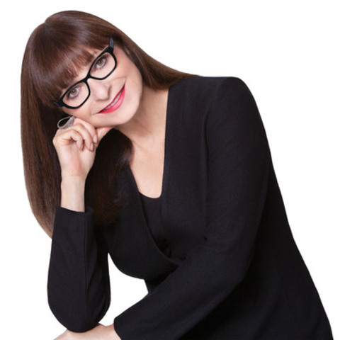 WESTGROUPE AND JEANNE BEKER TO LAUNCH SIGNATURE COLLECTION OF EYEWEAR. (CNW Group/PRECISION)