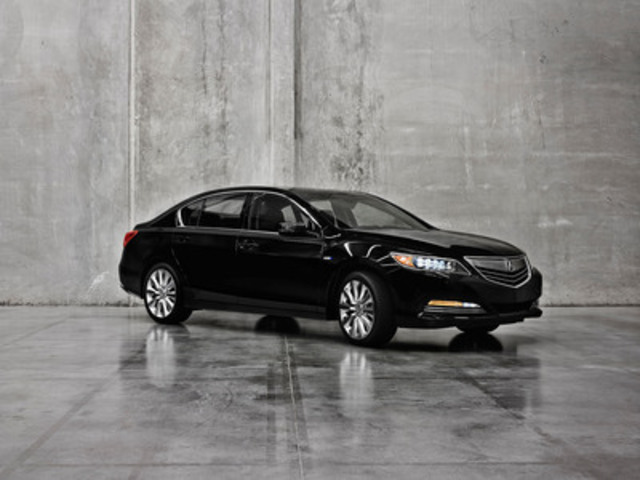 The 377-horsepower Acura RLX Sport Hybrid SH-AWD luxury-performance sedan will be on public display for the first time at the 2013 Los Angeles International Auto Show, showcasing Acura's dynamic new three-motor hybrid system. (CNW Group/Acura Canada)