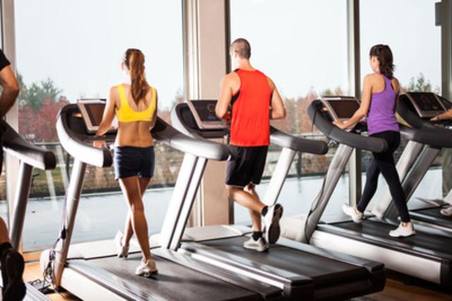 Conservez votre routine d'entraînement quand vous voyagez en utilisant la salle d'exercices de l'hôtel ou en vous procurant un abonnement national à un populaire centre de conditionnement physique (Groupe CNW/Choice Hotels Canada Inc.)