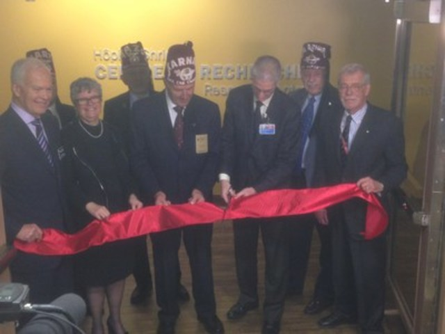 Dr. Brandt Bede, Board of Trustees; Mme Céline Doray, Administrator; Mr. Gino Beretta, Chairman of the Board of Governors; Dr. René St-Arnaud, Director of Research and Francis Glorieux Chair in Pediatric Musculoskeletal Research; Dr. Françis Glorieux, Emeritus Director of Research, Shriners Hospitals for Children – Canada; 2nd row :  Mr. Brian Terin representing the Khartum Shriners of Winnipeg; Mr. Roger Tinkham representing the Tunis Shriners of Newfoundland and Labrador; Mr. Brian Miller representing the Al Azhar Shriners of Calgary (CNW Group/Shriners Hospitals For Children)