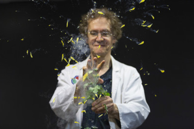 Chill out with liquid nitrogen at a Cool Science demo, weekdays during March Break at the Ontario Science Centre. Watch flowers shatter into a thousand pieces at the flick of a finger. (CNW Group/Ontario Science Centre)