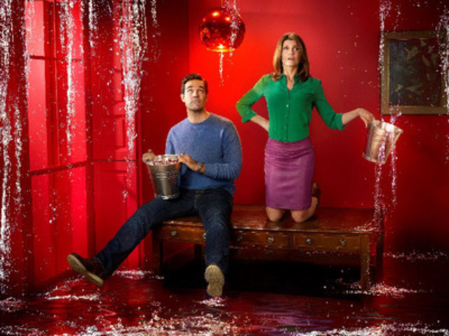 Rob Delaney and Sharon Horgan star in Catastrophe, streaming exclusively on shomi beginning May 10 (CNW Group/shomi)