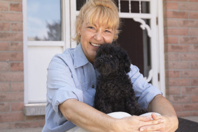 "Winner of the Post Shreddies ""Search for Goodness"" Pam Huson with her dog Magie. Pam is the President and Founder of the Beamsville4PawRescue. Pam and her team of volunteers have found homes for almost 3,000 animals in need. (CNW Group/Post Foods Canada)"