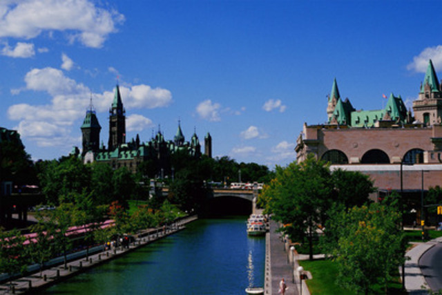 Central Canada charms travellers of all ages each summer (CNW Group/Hotels.com)