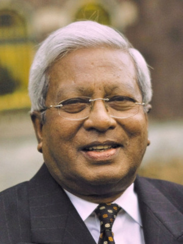 "Sir Fazle Hasan Abed, KCMG, Founder & Chairperson of BRAC, the world's largest NGO, opens the Oct 4  Summit with keynote entitled ""Microfinance Multiplied"". (CNW Group/Toronto International Microfinance Summit)"