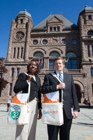 Mitzie Hunter and John Tory deliver Our Region Our Move report to Queens Park (CNW Group/CivicAction)