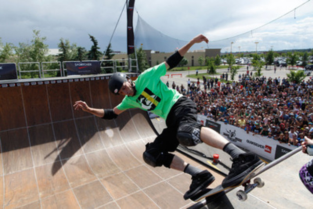 Sport Chek, Canada's leading sporting goods retailer, in partnership with Quiksilver, present international skateboarding sensation, Tony Hawk and friends at Deerfoot Mall in Calgary, AB as they host a skateboarding demo atop a halfpipe vert ramp. (CNW Group/FGL Sports Ltd.)
