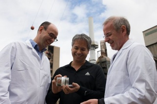 With the Paris Agreement on Climate Change going into effect tomorrow, we anticipate that many industries, and even countries, will search for solutions, like algal carbon conversion technology, to combat climate change and accelerate their actions to achieve a sustainable future. (CNW Group/National Research Council Canada)