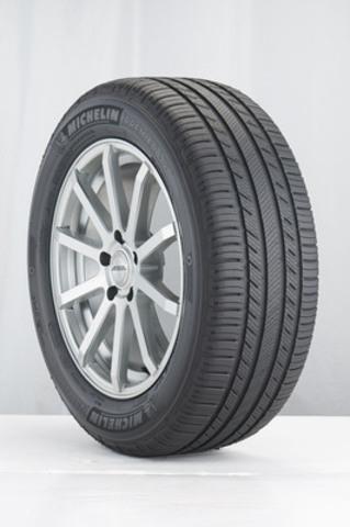 Pneu Premier(MD) LTX(MD) de MICHELIN(MC) (Groupe CNW/Michelin Canada)