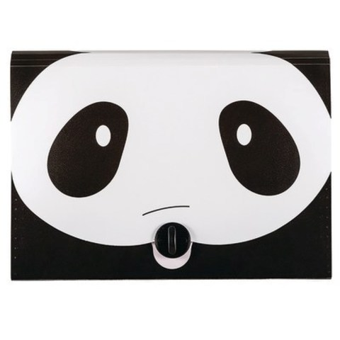 Staples Animal Folders - The Staples single pocket expanding file easily stores documents and files with a fun design. This expanding file folder comes in assorted animal designs to suit any student's need. (CNW Group/Staples Canada Inc.)