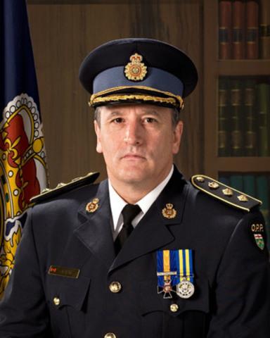 Le surintendant en chef Brad Blair, de la Police provinciale de l'Ontario, est promu au rang de sous-commissaire et commandant provincial responsable de la sécurité routière et du soutien opérationnel. (Groupe CNW/Police provinciale de l'Ontario)