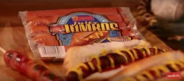 Spiral Hot Dog (CNW Group/Schneiders)