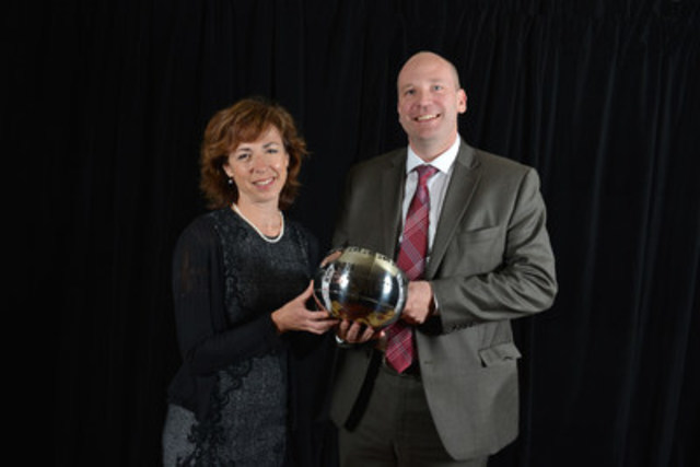 "The Globe and Mail won the 2015 CJF Jackman Award for Excellence in Journalism in the large media category for its ""Thalidomide"" series. Ingrid Peritz, Montreal-based correspondent, and David Walmsley, editor-in-chief, accepted the honour at the CJF Awards. (CNW Group/Canadian Journalism Foundation)"
