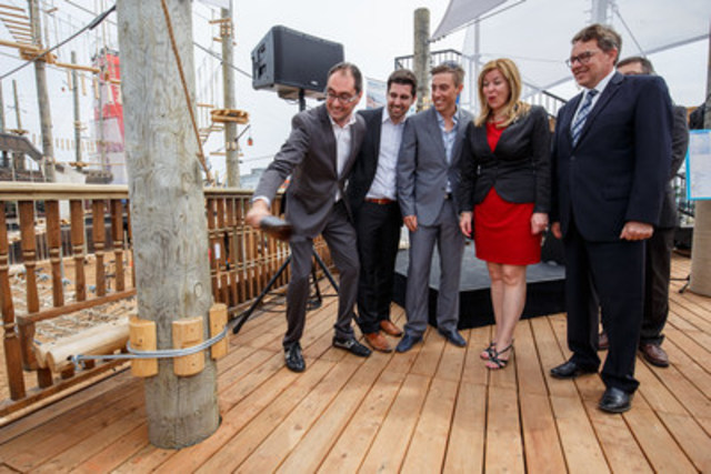Voiles en Voiles officially inaugurated its ships today at the Old Port of Montreal. From left to right, Marc Cudia, Jean-Philippe Duchesneau and Nicolas Gosselin, founders of Voiles en Voiles, Dominique Vien, Minister of Tourism and Jean D'Amour, Minister for Transport and the Implementation of the Maritime Strategy. (CNW Group/Voiles en Voiles)