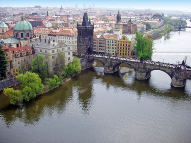 Air Transat will be the first and only carrier with nonstop service to Prague from Canada. (CNW Group/Transat A.T. Inc.)