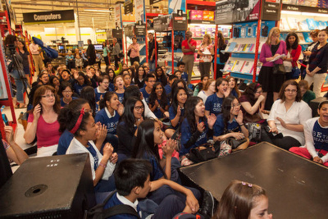Today at the Staples Impact Awards, hundreds of students, teachers and schools are recognized at the Staples Front Street location in Toronto. They are honoured for the impact they've made throughout the year for their local and global humanitarian causes. (CNW Group/Staples Canada Inc.)