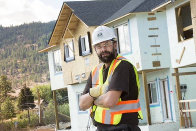 Rod Steuart, REnEW participant, is homeless in Kelowna, B.C. and hopes the program can help him get back on his feet. (CNW Group/FortisBC)