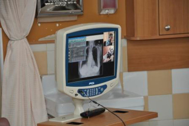Unité de communication visuelle avec les patients (Groupe CNW/CBCI TELECOM)