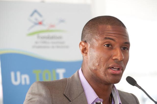 Patrice Bernier, de l'Impact de Montréal, porte-parole de la Fondation de l'Office municipal d'habitation de Montréal. (Groupe CNW/OFFICE MUNICIPAL D'HABITATION DE MONTREAL) (Groupe CNW/Fondation de l'Office municipal d'habitation de Montréal)