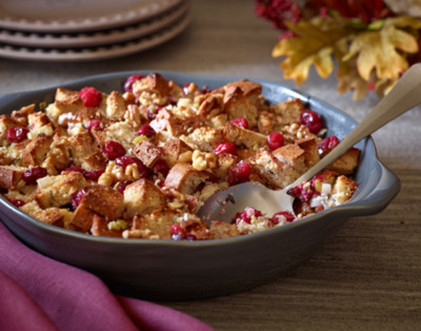 Udi's gluten-Free Cranberry Walnut Stuffing (CNW Group/Udi's Healthy Foods LLC)