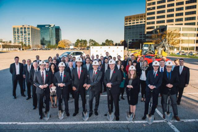 Le 4 novembre 2015, Automobiles Porsche Canada, Ltée a annoncé la construction du concessionnaire Porsche Centre North Toronto, la relocalisation de son siège social national et l'ouverture d'un premier centre de formation. (Groupe CNW/Automobiles Porsche Canada)