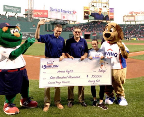 Wally the Green Monster, Tyler McLaughlin (Irving Oil), Jeff Goldberg (Irving Oil), Jenna Taylor ($100,000 grand prize winner) and Happy the Irving Oil mascot at a Boston Red Sox game at Fenway Park. (CNW Group/Irving Oil)