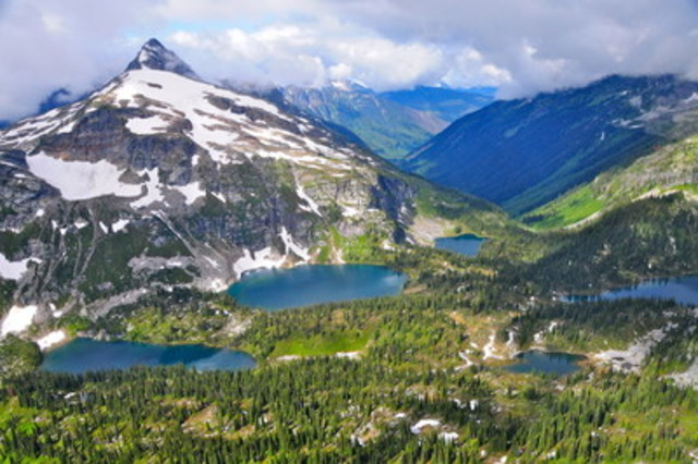 Revelstoke, Mont Tremblant and Tofino gained popularity as Canadian travellers searched for adventure in their own backyard (CNW Group/Hotels.com)