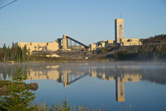 La mine Williams, une mine souterraine et à ciel ouvert sur la propriété Hemlo de la Société aurifère Barrick, se trouve à quelque 350 km à l'est de Thunder Bay, en Ontario. Les mines Williams et David Bell partagent les mêmes installations de broyage, de traitement et de gestion des résidus à Hemlo. (Groupe CNW/Mining Association of Canada (MAC))