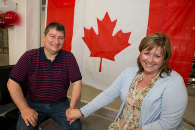 Air Canada rouge Manchester 4 - Nick and Karen Dalby from Nottingham celebrate their 30 year wedding ...