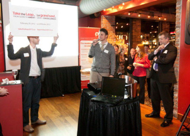 Official announcement of the Forum at the Chapter's Holiday Social on December 15h (photo Jana Chytilova) (CNW Group/Canadian Public Relations Society - Ottawa-Gatineau Chapter)