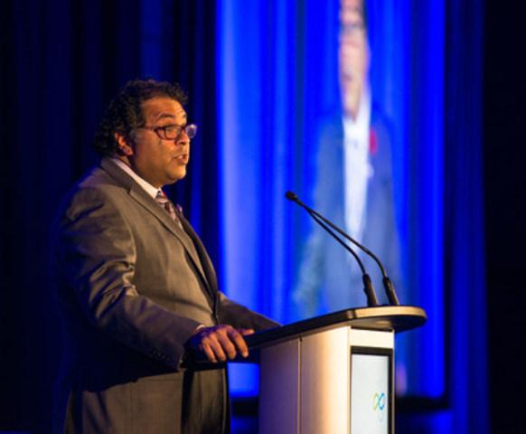 L'Association canadienne de l'énergie éolienne (CanWEA) accueille le maire de Calgary, M. Naheed Nenshi, à l'ouverture de CanWEA 2016 à Calgary, le mardi 1er novembre 2016. Bryan Passifiume/CanWEA (Groupe CNW/Association canadienne de l'énergie éolienne)