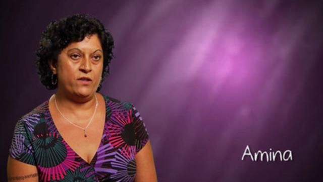Vidéos: Amina livre de l'information inspirante et éducative sur l'épilepsie à sa communauté à travers le programme É-Action(MD) : Action contre l'épilepsie, une nouvelle ressource lancée aujourd'hui pour les personnes vivants avec l'épilepsie, leurs familles et tous les Canadiens.