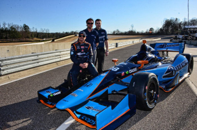 Alex Tagliani with Team Owner Bryan Herta and Lead Engineer Todd Malloy, and the new Dallara-Honda #98. (CNW Group/Lassonde Industries Inc.)