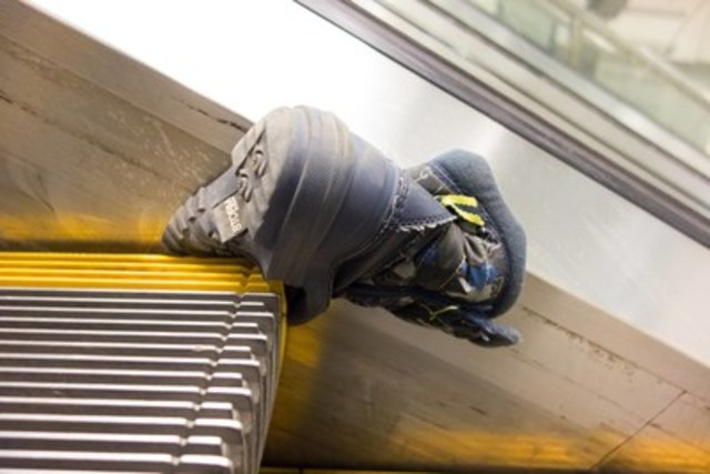 Soft shoes can get caught in escalator stairs - be careful! (CNW Group/British Columbia Safety Authority)