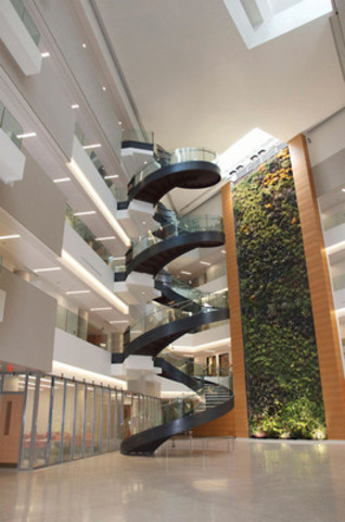 More than 1100 plants are part of the active living wall installed at Drexel University in Philadelphia, Pennsylvania (CNW Group/NEDLAW Living Walls)