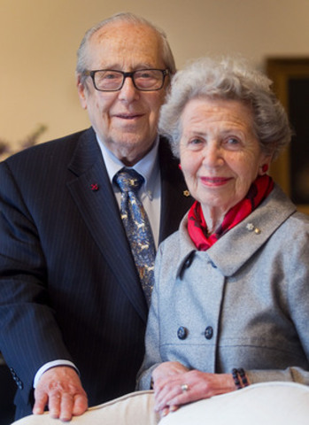 Dr. Victor Goldbloom and Mrs. Sheila Goldbloom. (CNW Group/Quebec Community Groups Network (QCGN))