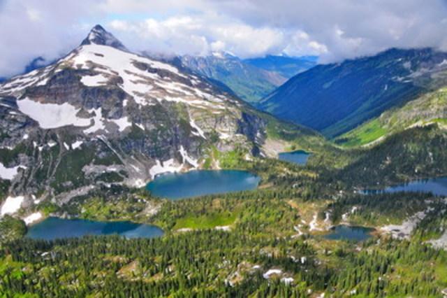 Revelstoke, Mont-Tremblant et Tofino ont connu des fortes hausses de popularité grâce aux voyageurs canadiens cherchant l'aventure dans leurs propres frontières (Groupe CNW/Hotels.com)