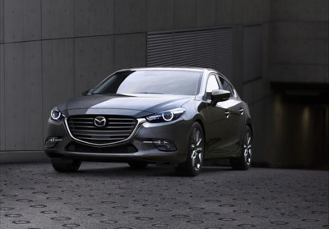 Updated 2017 Mazda3 (CNW Group/Mazda Canada Inc.)