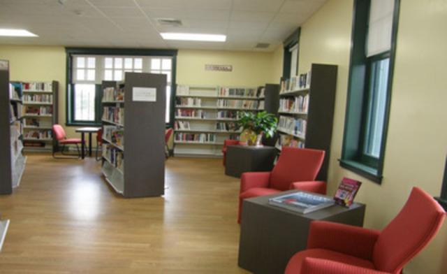 Bibliothèque municipale Livres-en-train de Tring-Jonction et Saint-Jules (Groupe CNW/RESEAU BIBLIO DU QUEBEC)